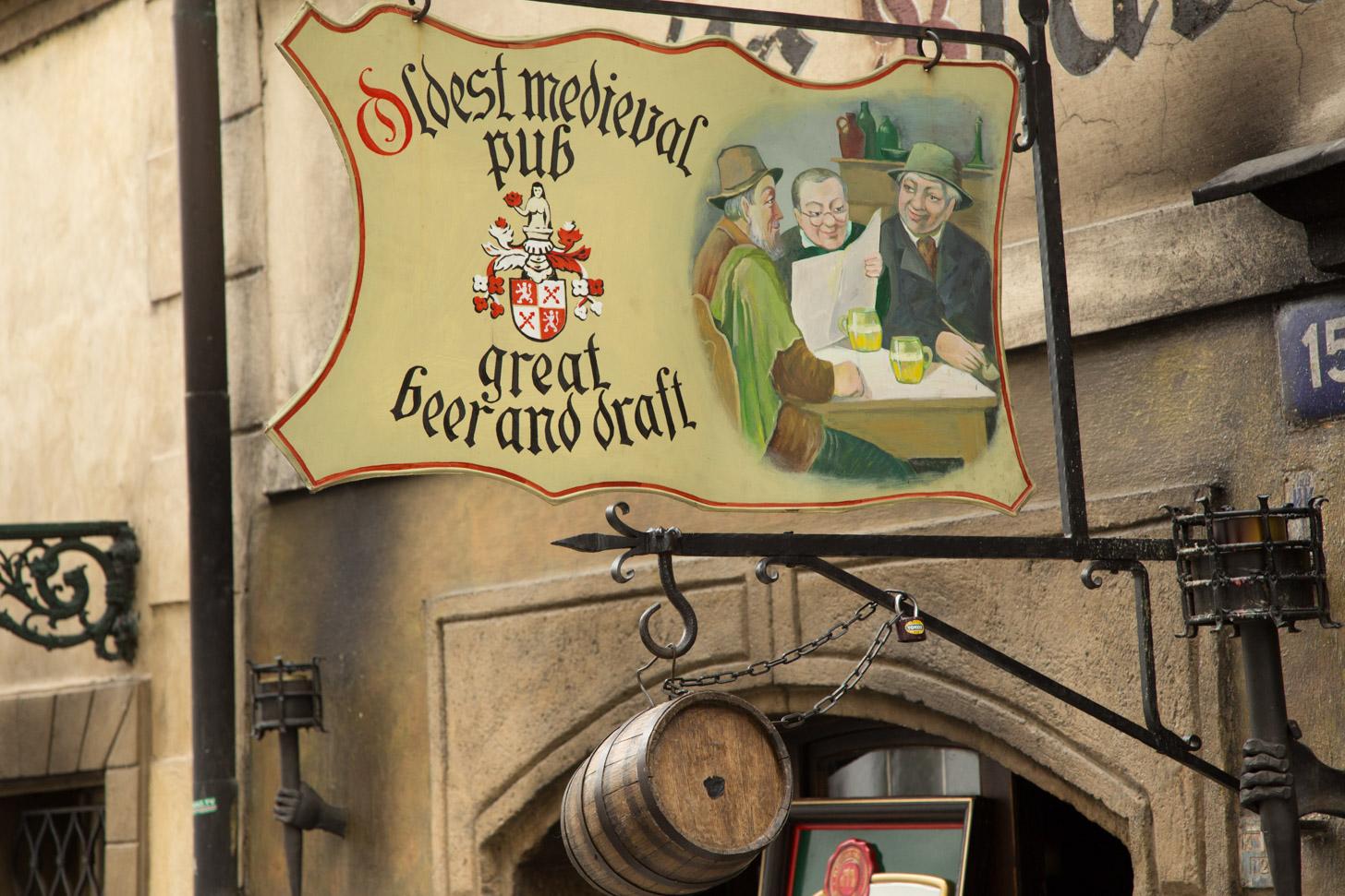 Bier drinken in Praag